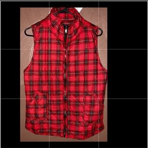 Red and black striped Vest w/ Pockets! NEVER WORN